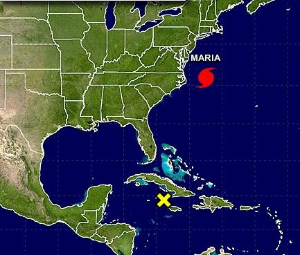 María se convierte de nuevo en huracán mientras se aleja de costa de EE.UU.