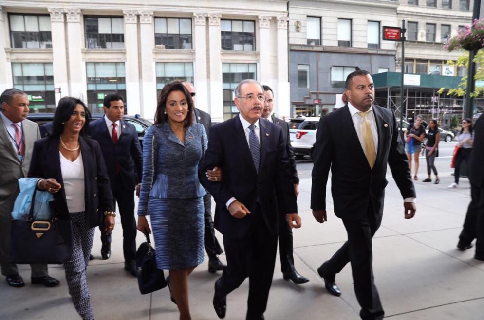 Presidente llega a Nueva York, donde participará en Asamblea General de la ONU