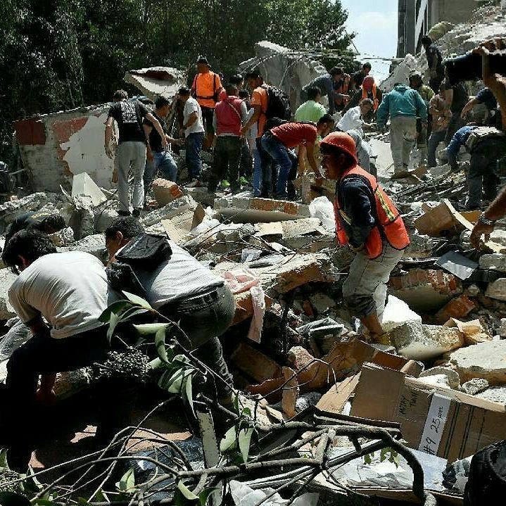Peña Nieto pide serenidad y alerta que pueden haber réplicas del terremoto