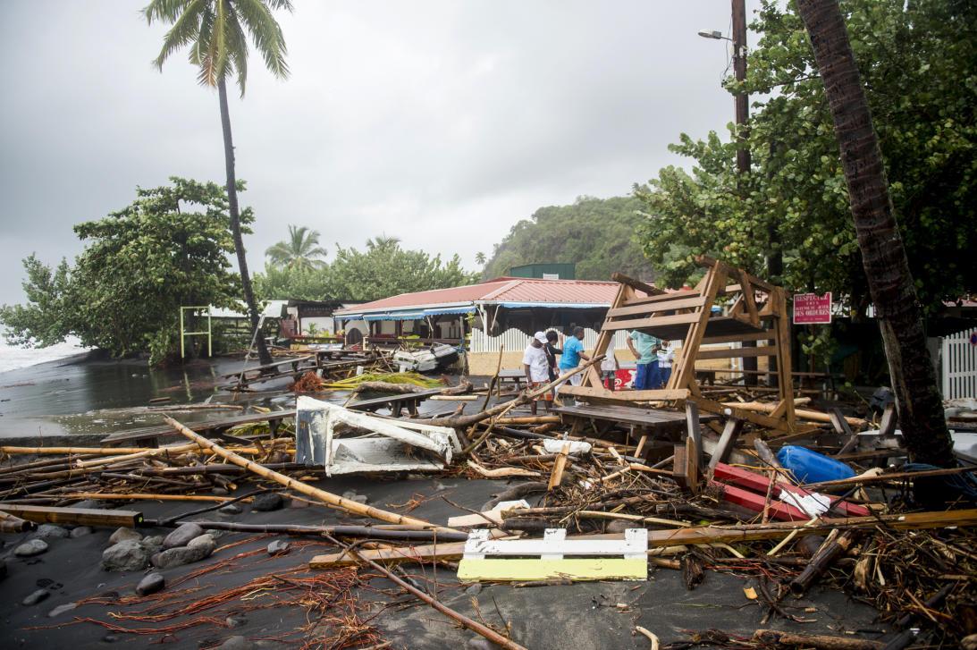 EE.UU. prepara paquete de ayudas para Dominica y otros afectados por María