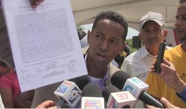 Residentes enAzua denuncian Invi los dejó fuera de proyecto aun cuando donaron los terrenos