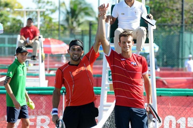 Estrella y Hernández dan a Dominicana ventaja 2-0 sobre Perú en Copa Davis