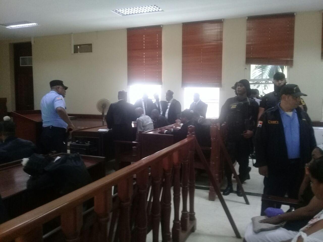 Aplazan audiencia para inicio juicio de fondo contra Arsenio Quevedo y exregidor Pedro Brand