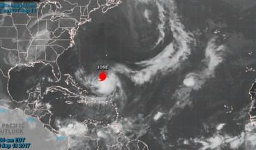 El huracán José, de categoría 1, se mueve entre Bahamas y Bermudas