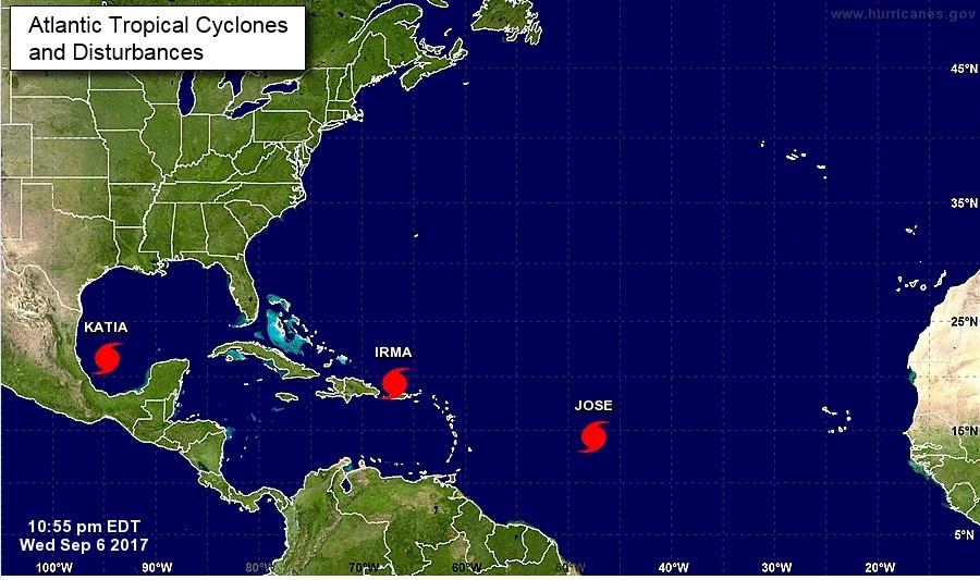 Irma se enfila a La Española tras devastar Antillas y causar daños en P.Rico