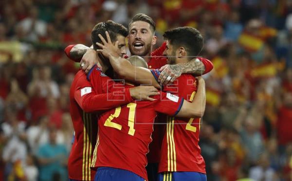España gana 3-0 y se dirige con paso firme hacia el Mundial de Rusia