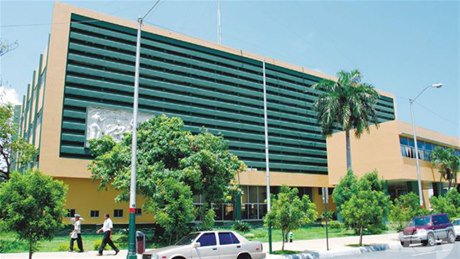 Envían a juicio a Rodríguez Pimentel y otras seis personas acusadas de desfalco en INDRHI