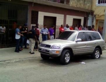 Agente de la PN mata hombre en medio de forcejeo con una patrulla