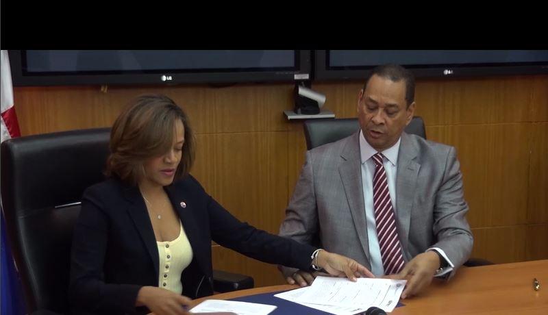 Superintendencia de Bancos y Unidad de Análisis Financiero firman convenio de colaboración