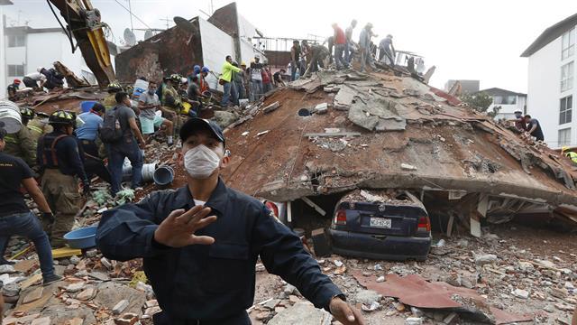 Asciende a 292 el número de víctimas mortales por el terremoto en México