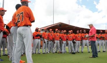 Toros del Este inician entrenamientos venidero campeonato béisbol dominicano