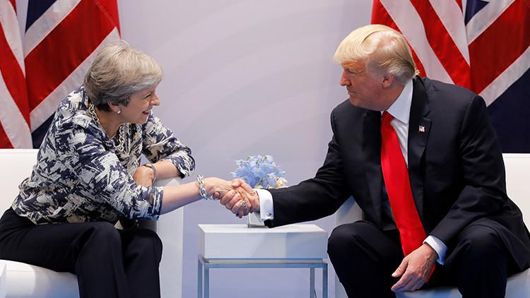 Donald Trump felicita a primer ministro japonés Abe por su