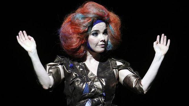 Björk acusa de forma indirecta a Von Trier de acoso sexual y éste lo niega
