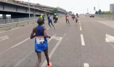 Un Italiano gana el maratón de Venecia después de que los favoritos se equivocaran de ruta