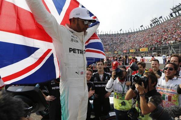 Hamilton campeón del mundo de F1 por cuarta vez y Verstappen gana en México