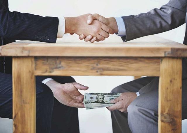 Dimiten dos ministras rumanas que eran investigadas por corrupción