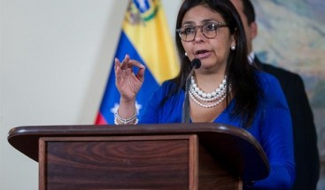 Jefa de la Constituyente arremete contra Almagro y pide respeto a Venezuela