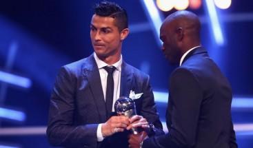 Cristiano Ronaldo se lleva por segundo año consecutivo el premio 'The Best'