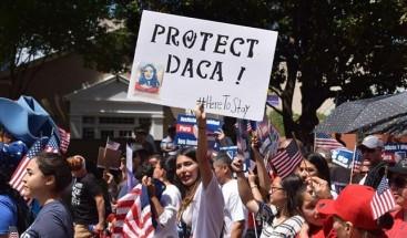 Senadores de EE.UU. buscan unidad para dar solución a jóvenes indocumentados