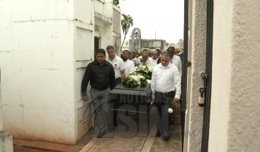 Sepultan restos de sacerdote Rafael Marcial Silva