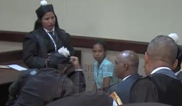 Otorgan libertad condicional a mujer acusada de robarse bebé de maternidad