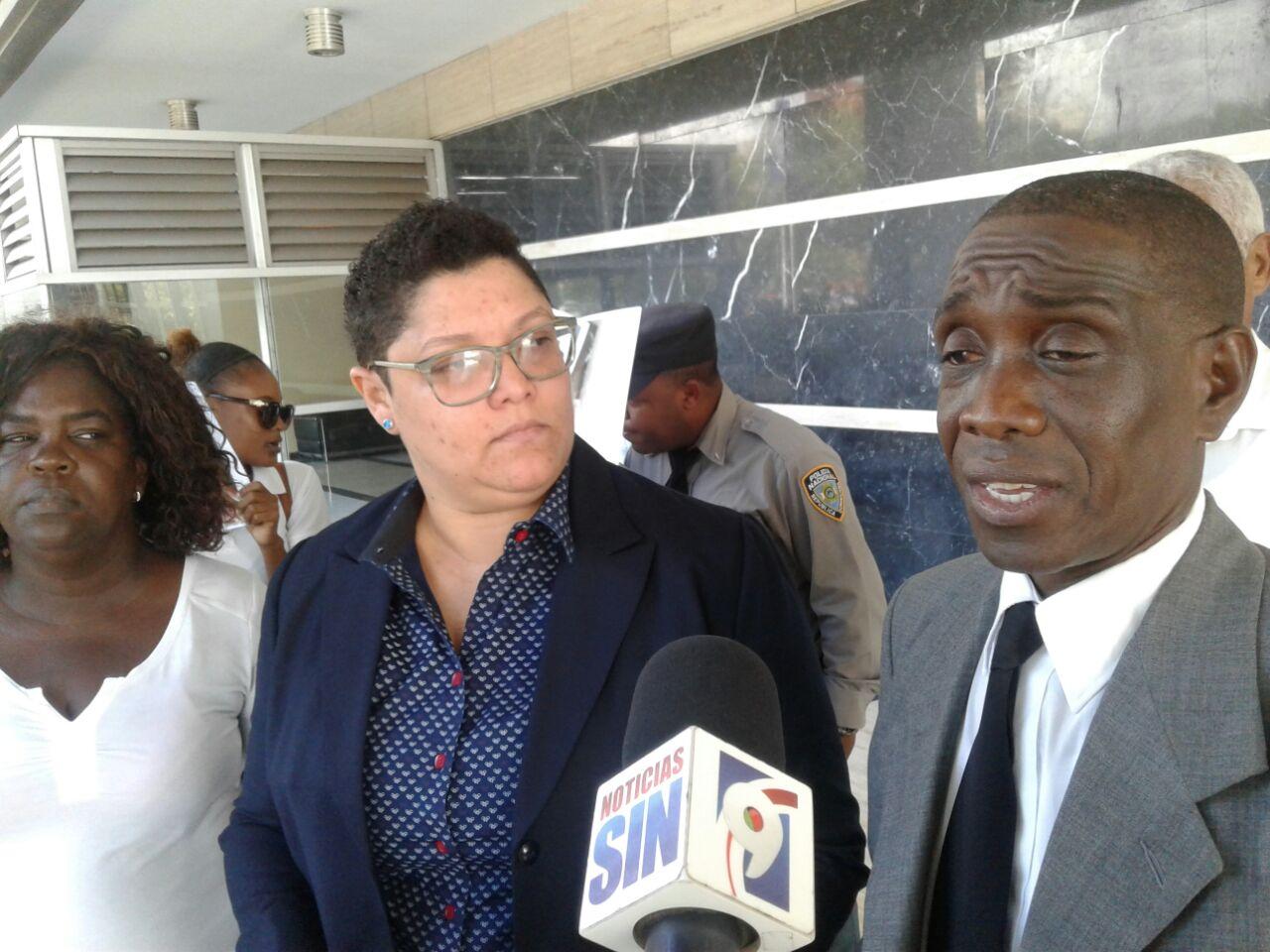 Sindicalistas acusan director SNS querer provocar confrontación entre el Gobierno y el sector salud