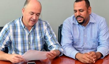 Autoridades acuerdan cierre del vertedero de Tamboril en tres meses