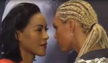 Antes de pegarle puñetazos a su rival, una boxeadora le pega un beso en plena rueda de prensa
