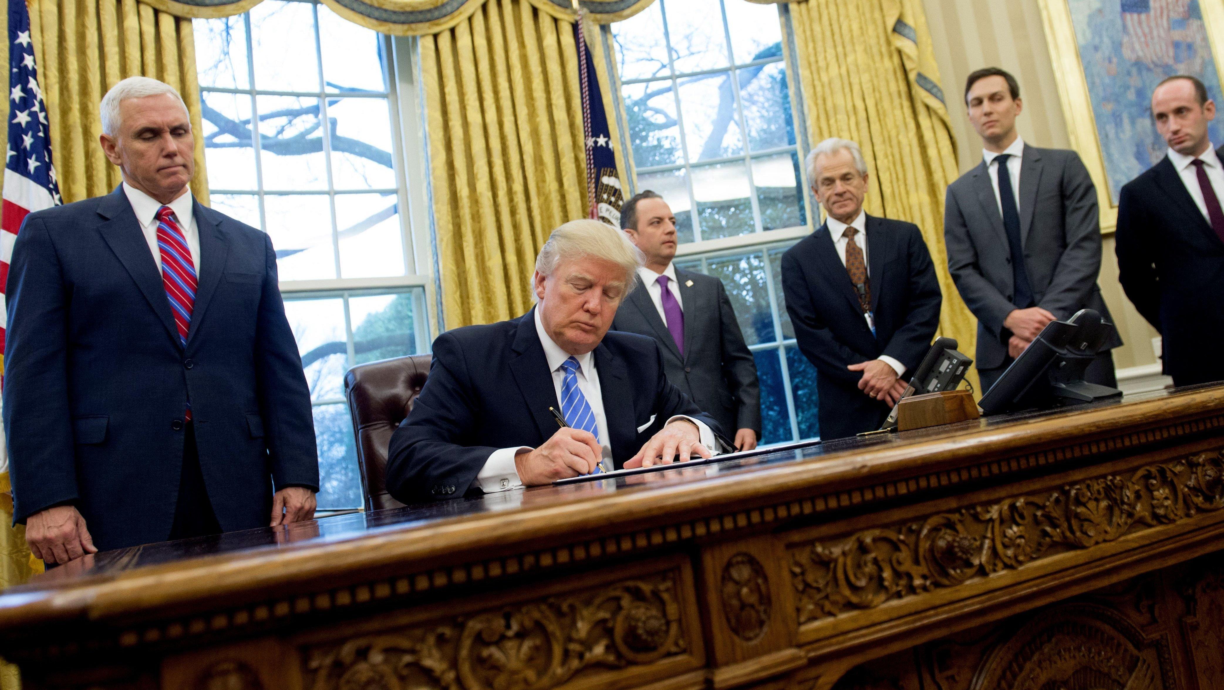 Trump autoriza la entrada de refugiados a EEUU con la excepción de 11 países