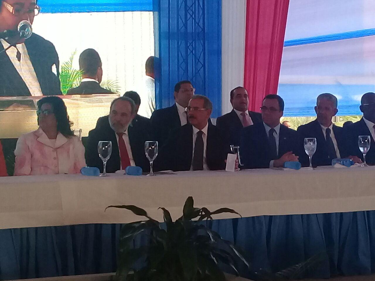 Presidente Medina inaugura dos nuevos centros educativos en SDE