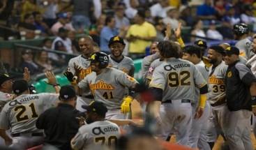 Águilas vencen Tigres en inicio del béisbol dominicano