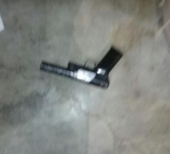 Mujer se dispara alegadamente de manera accidental en ambas piernas en Montecristi