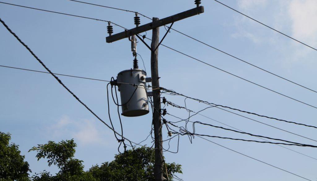 Residentes del sector Los Morenos de Punta denuncian bloqueo del sistema energético