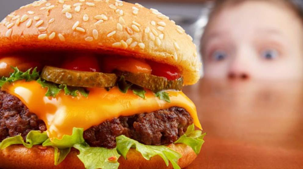 El estrés puede dañar tu salud digestiva tanto como la comida basura