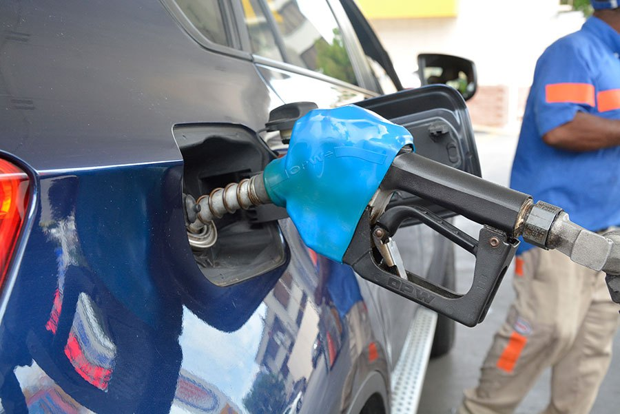 Bajan RD$1.00 al GLP y mantienen precios de las gasolinas
