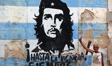 Fallece militar boliviano a quien el 'Che' Guevara le entregó su libreta