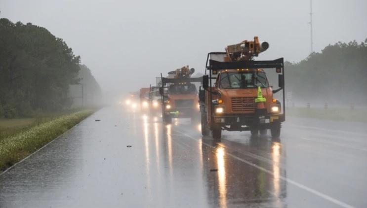Nate se debilita pero sigue produciendo fuertes lluvias en el sureste de EEUU