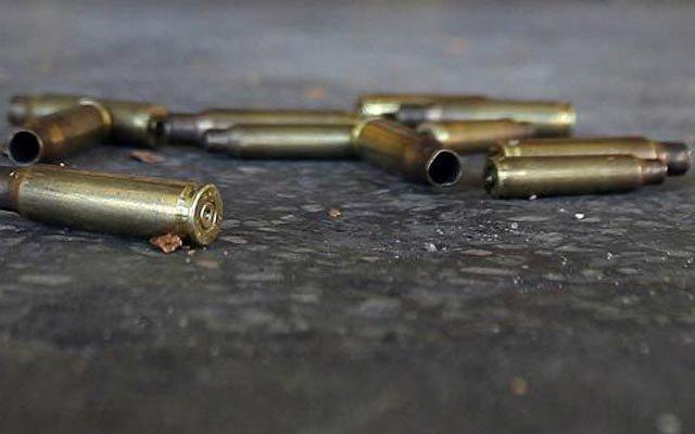 Un cabo del Ejército muerto y cuatro heridos durante una balacera en Cabral , Barahona