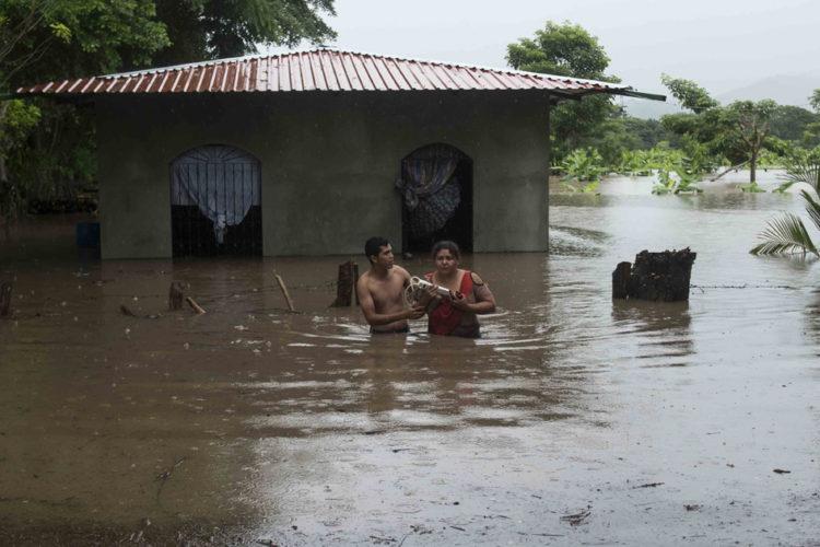 Nate dejó 16 muertos, 32.684 afectados y 5.900 viviendas dañadas en Nicaragua