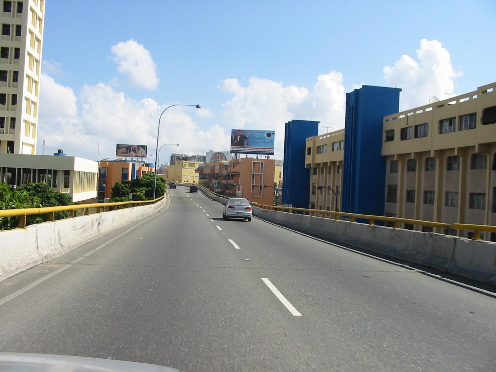 MOPC cerrará túneles y elevados en el Gran Santo Domingo por mantenimiento