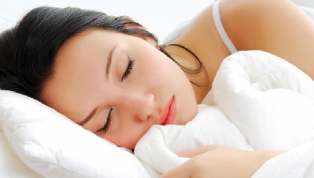 Falta de horas de sueño lleva al aislamiento social, según un estudio