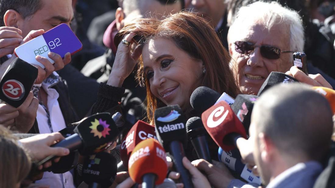 Cristina Fernández llega a tribunales para declarar por lavado de dinero