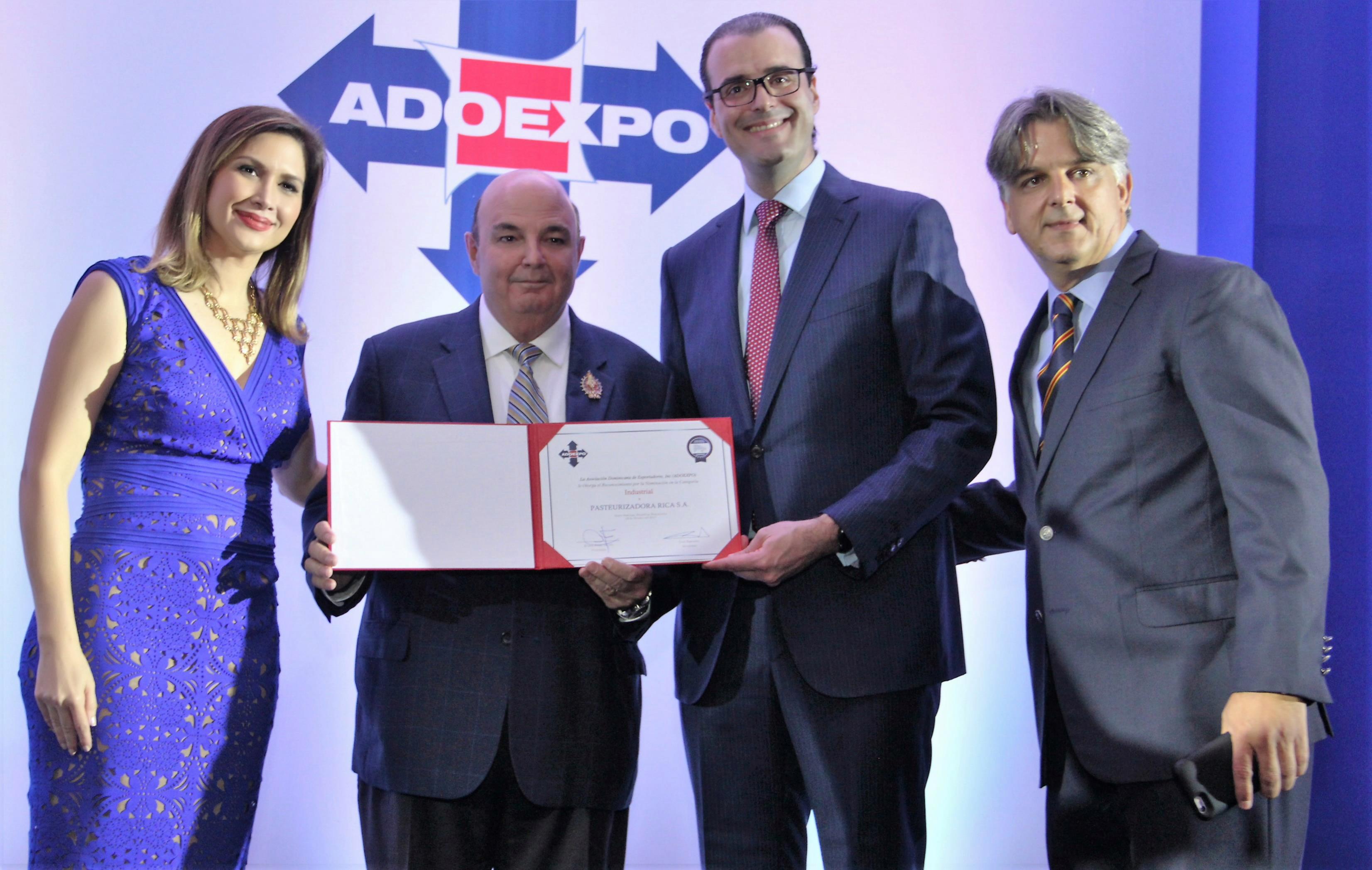 ADOEXPO entregará este martespremios Excelencia Exportadora 2017
