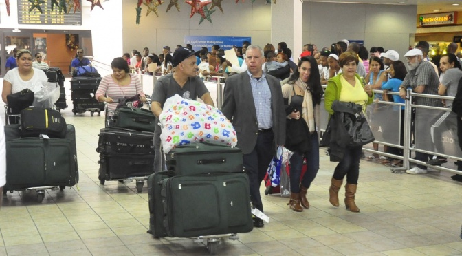DGA reduce gracia navideña que otorga anualmente a dominicanos en el exterior