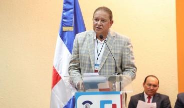 Alejandro Montás demanda aprobación leyes regularán el sector Agua Potable y Saneamiento