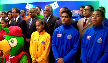 Educación presenta uniformes, línea gráfica y campaña para VIII Juegos Deportivos Escolares 2017