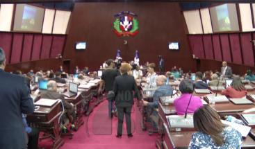 Legisladores proponen eliminar exoneraciones de vehículos a partir del 2020