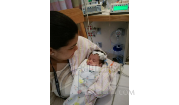 Retirarán hoy alimentación parenteral a la bebé Astrid Montero