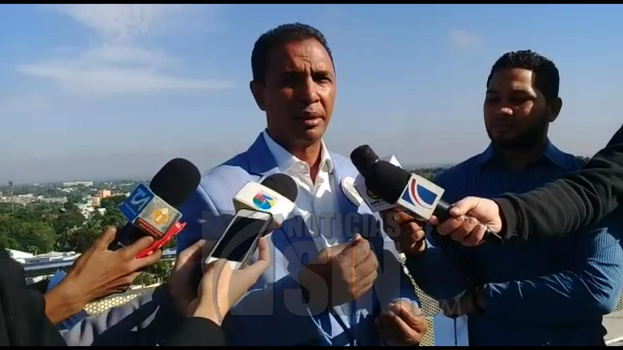 Domingo Contreras asegura que el país debería ser uno de los principales exportadores de caoba