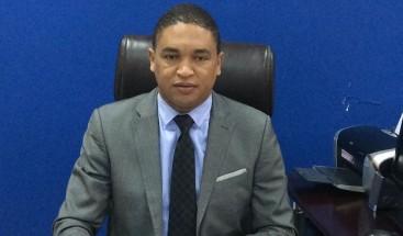 "Iván Lorenzo considera ""un error interpelar a la ministra de Salud Pública"